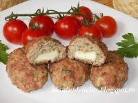 http://absolutdelicios.blogspot.ro/2016/05/bifteki-chiftele-grecesti.html