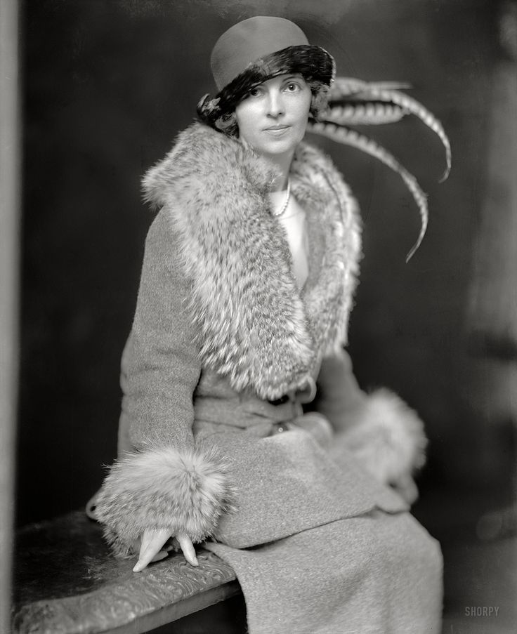 """Bunny Roosevelt: Washington, D.C., circa 1920. """"Mrs. Theodore Roosevelt Jr."""" Née Eleanor Butler (""""Bunny"""") Alexander. Harris & Ewing Collection glass negative. Click to view full size."""