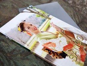 成人式のオリジナル製本台紙A4タテ2面サンプル写真追加しました。