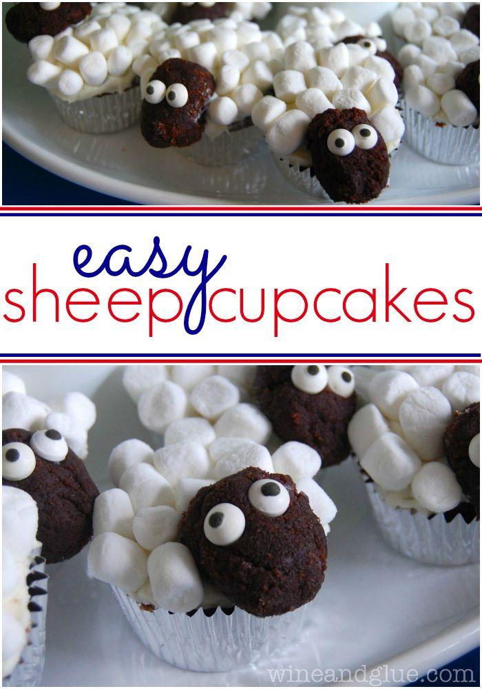 Easy Sheep Cupcakes | www.wineandglue.com
