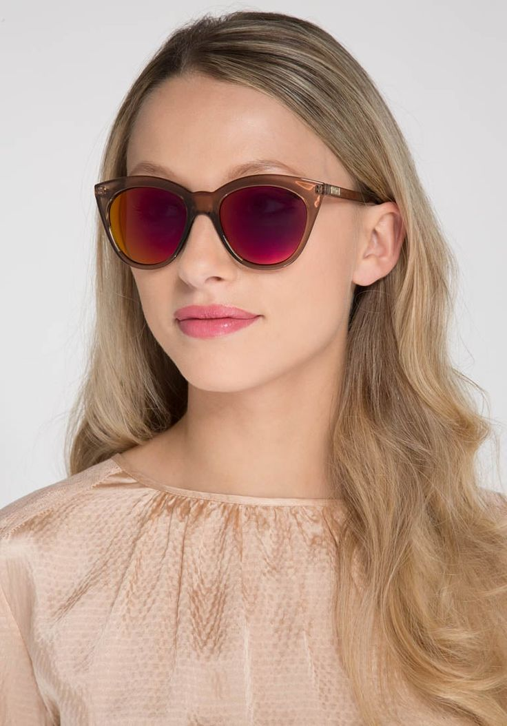 https://www.zalando.it/le-specs-halfmoon-magic-occhiali-da-sole-beige-ls151f008-704.html