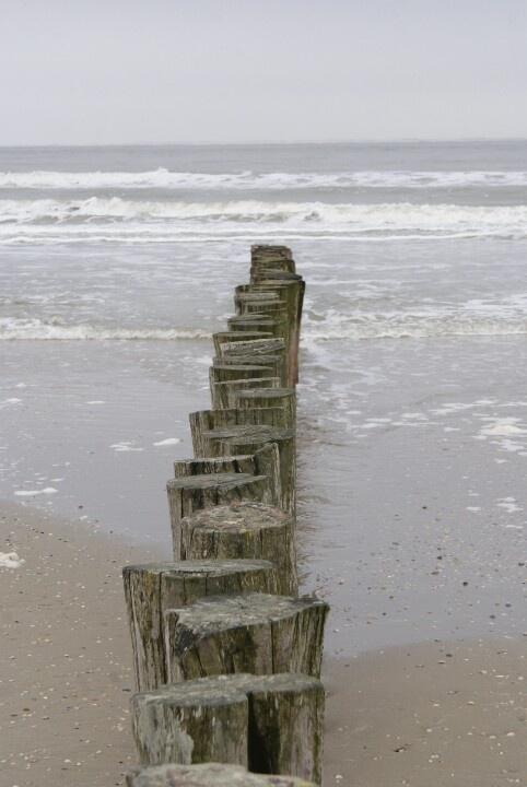 Paalhoofden strand Hollum, Ameland.