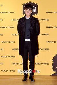 Berita Foto Selebriti - Lee Seung Gi Galeri Foto, Berita, Blog, dan Gossip