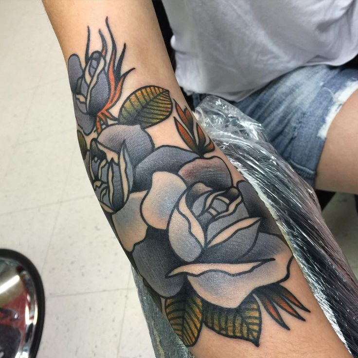 isaiah toothtaker rose traditional tattoo - I really like this style when it comes to doing roses