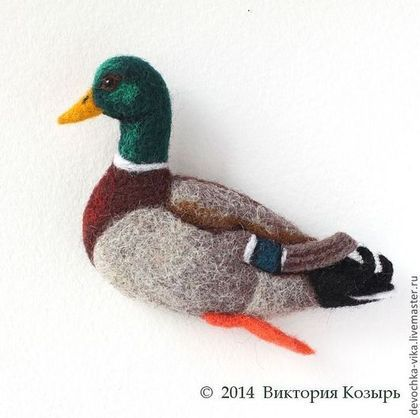 "*NEEDLE FELTED ART ~ Made of kardochesa technique of dry felting. Fair Masters - handmade brooch made of wool ""Celezen.""  Handmade, by: Victoria Trump, of Russia, Moscow."
