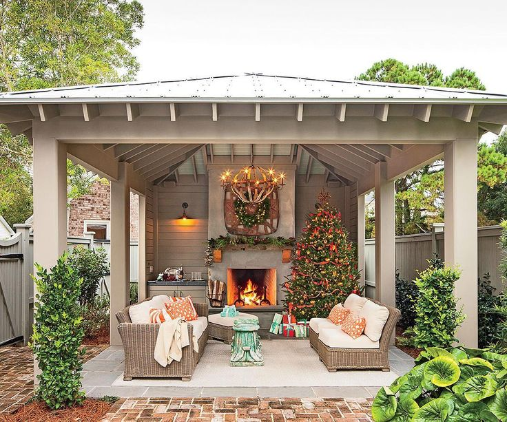 """27.4k Likes, 351 Comments - Southern Living (@southernlivingmag) on Instagram: """"Let's take the party outside! #MySouthernHoliday"""""""
