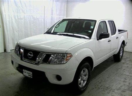 Used NISSAN Frontier Crew Cab 2013 NISSAN Frontier Crew Cab St Charles, MO - Enterprise Used Cars