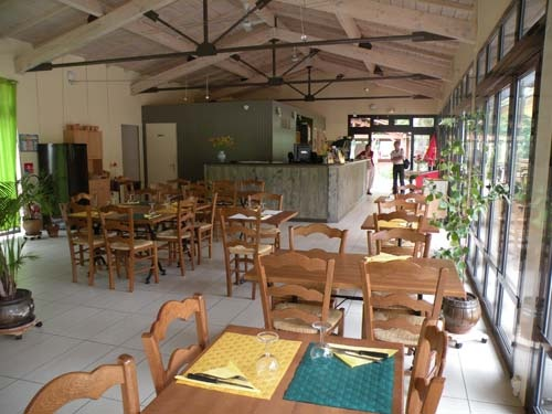 Le Bout de la Côte, Lagruère, super sympa restaurant à côté du Canal Latéral, plats délicieux
