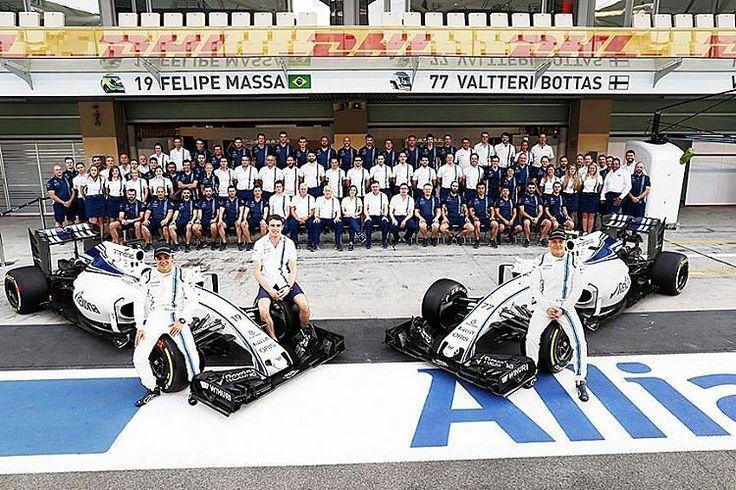 Dia histórico para Felipe Massa! O Grande Prêmio de Abu Dhabi é a última corrida do brasileiro na Fórmula 1! E @massafelipe19 quer fazer bonito na sua despedida. Boa sorte!  #CarroEsporteClube #AbuDhabiGP #F1Finale #WeAreRacing