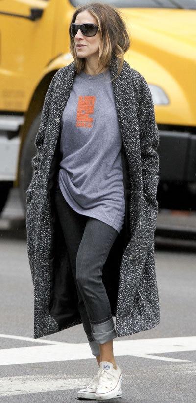 Sarah Jessica Parker in coat Kotilo from Marimekko