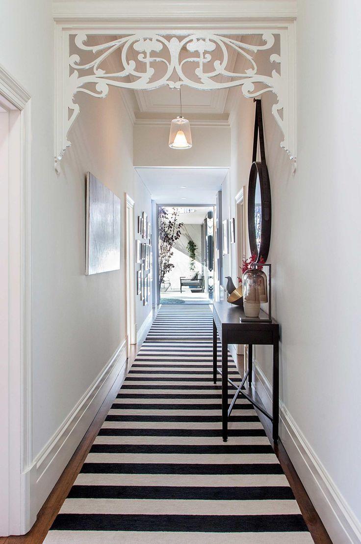 Entryway styling ideas to instantly impress. Photography by Hillary Bradford. Space designed by Pleysier Perkins (pleysierperkins.com.au).