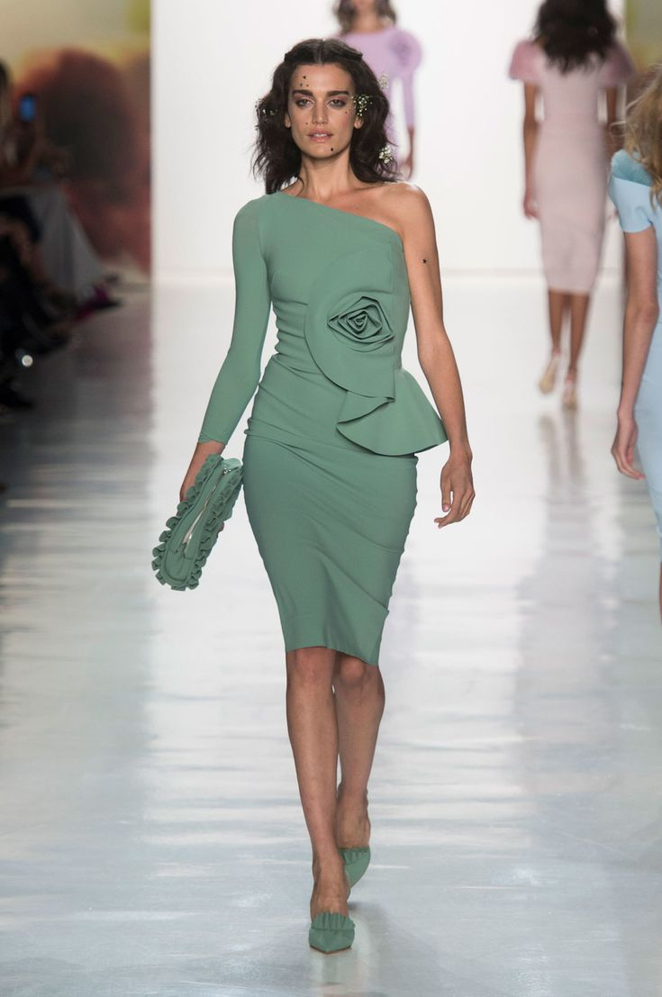 Chiara Boni La Petite Robe at New York Fashion Week Spring 2018