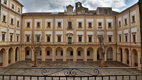 Sostenere l'arte e la cultura italiana! http://www.repubblica.it/viaggi/2016/03/09/news/giornate_del_fai_di_primavera_2016-135088725/?ref=fbpr#gallery-slider=135104873