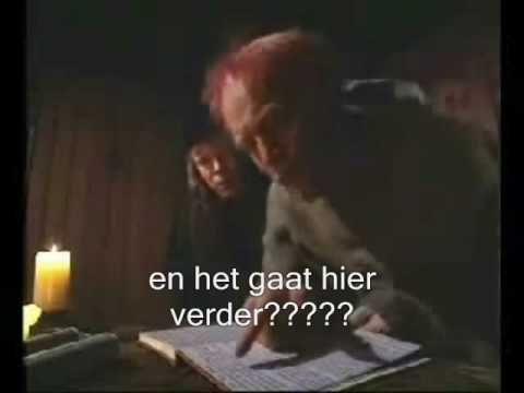 Het bekende filmpje van de Monnik die problemen ondervindt bij het gebruik van een boek. Nu met Nederlandse ondertitels.