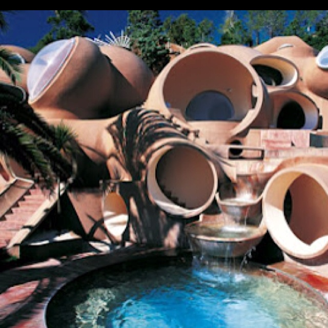 Bubble house...  sandboxworld.com: Bubbles House, Unusual Homes, Palai Bull, Fashion Design, Dream House, Antti Lovag, Pierre Cardinals, Crazy House, Unusual House