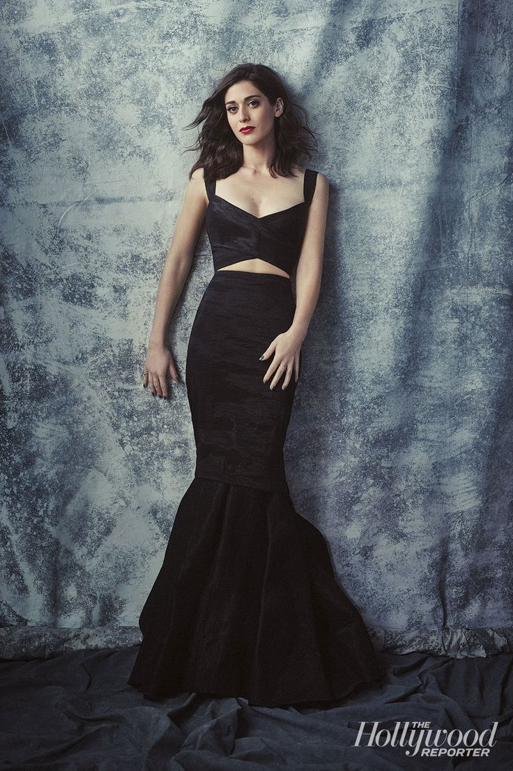 68 best images about lizzy caplan on pinterest canada