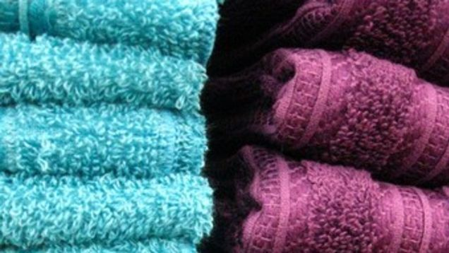 Towels would seem to be such a utilitarian object that they could never need any sort of optimization. As your towels age however, their absorbency decreases. Boost them back to their glory days with this simple hack.