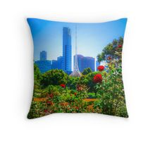 Red Roses in the Botanical Gardens - Melbourne, Victoria Throw Pillow