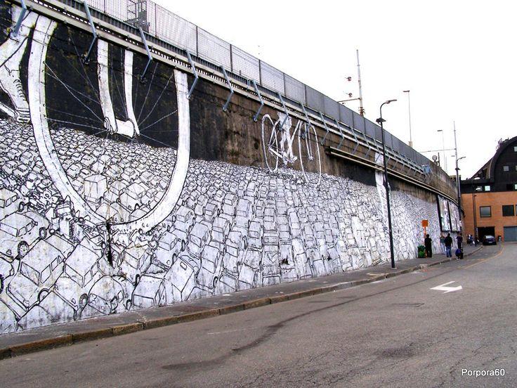 Bikes Crushing Cars, Milano- unurth | street art