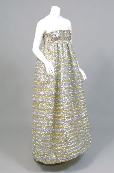Vintage dress that I must own.