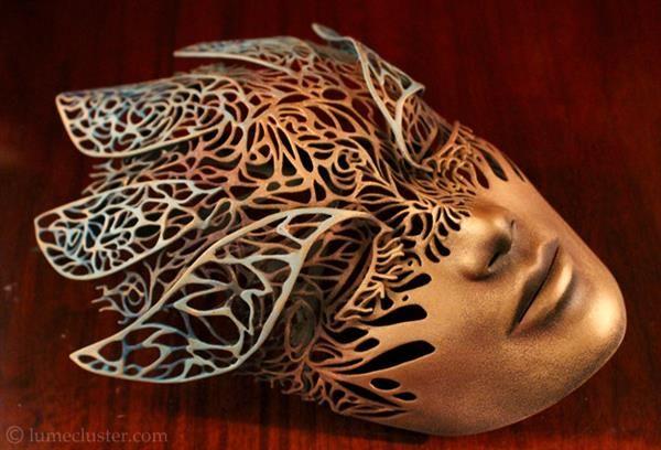 3D printed metal mask by Melissa Ng