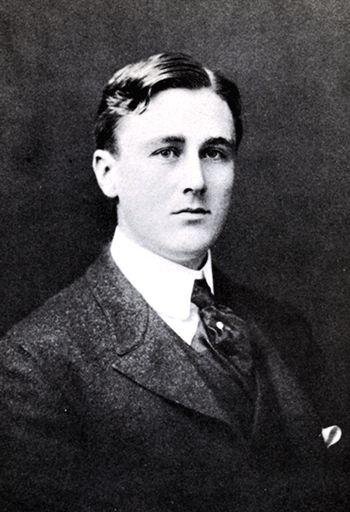 Young Franklin D. Roosevelt | lostsplendor:Franklin D. Roosevelt's Senior Class Portrait, c. 1904 ...