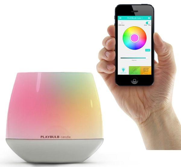 elektrisches Teelicht, das über Smartphone und Tablet zu bedienen ist