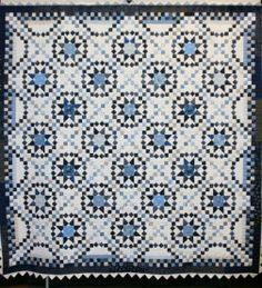 Savannah made by Sandra Peterson. The pattern, designed by Judy Martin, is in her book, Stellar Quilts. Beautiful quilt, Sandra!