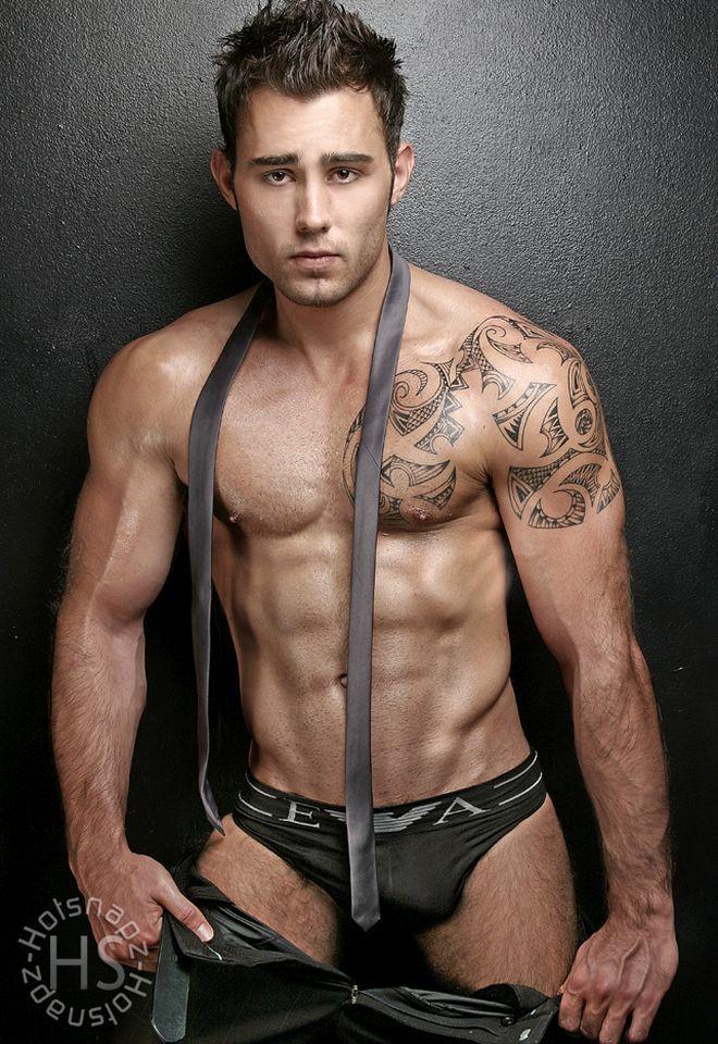 Sexy muscle men pics