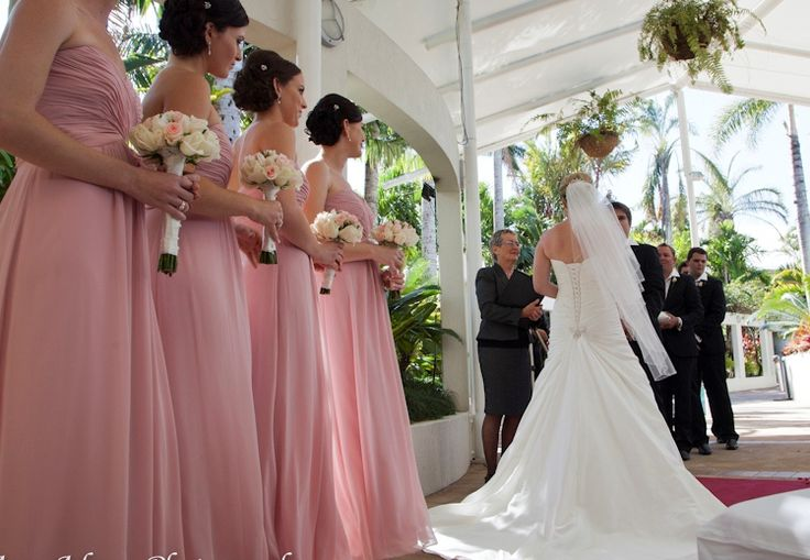 Poolside Wedding Ceremony @ Shangri-La Hotel, The Marina, Cairns