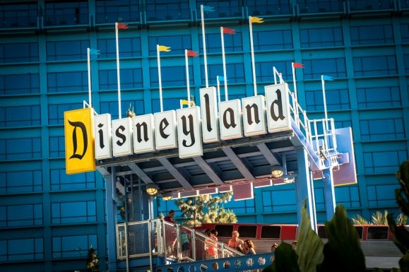 10 must-see pieces of magic at Disneyland #disneysmmoms