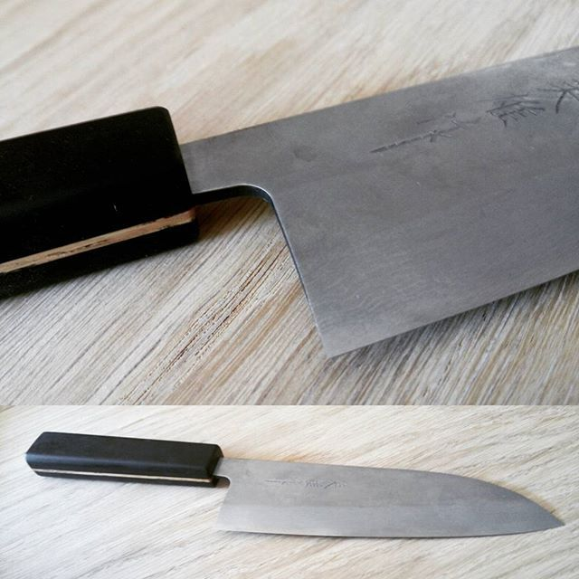 Self made Damast knife. Ebony handle with oak Inlay.