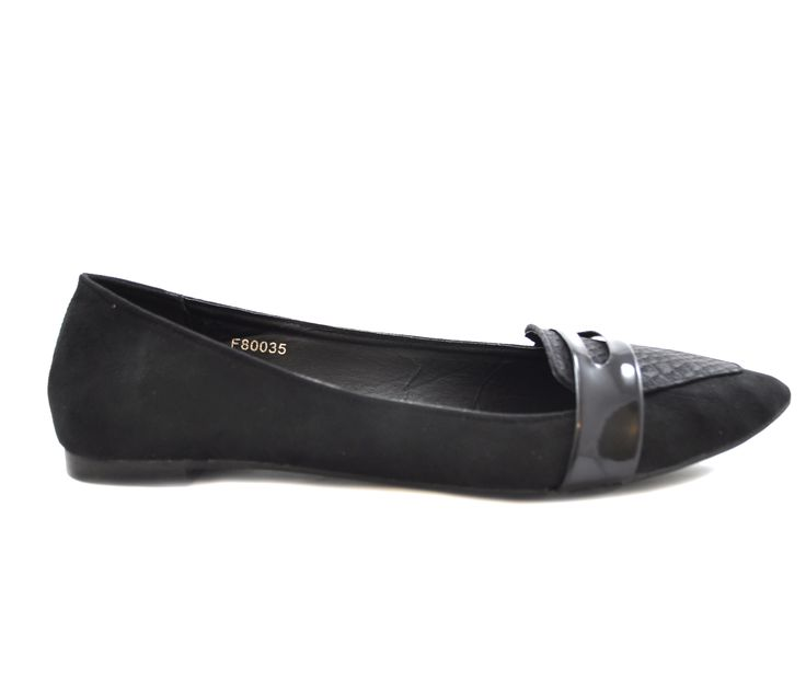 We've been a bit quiet this week, nevertheless we can share some new shoes in stock now.  Black flat microfibre suede ballerina shoes for only £9.99!!  http://shoesdays.co.uk/collections/ladies-womens-flat-shoes-ballerinas/products/black-flat-ballerina-pump-suede-shoes-s213