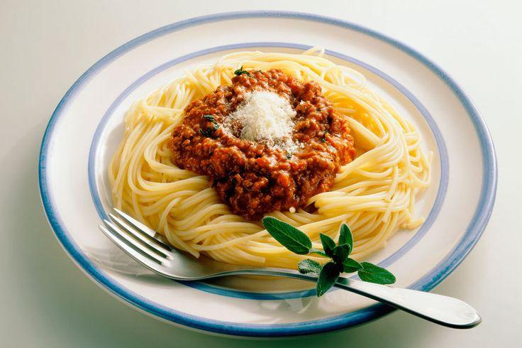 Darum essen Italiener niemals Spaghetti Bolognese | mit Originalrezept