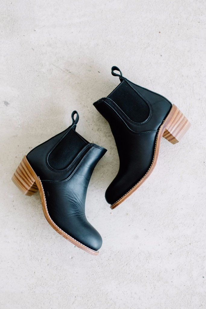 Is your size sold out? Send us an email and we can place a special order for you at no extra cost! Free shipping, free returns if it doesn't work out. A modern take on the classic Chelsea boot, with a