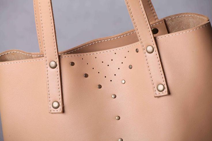 http://handmadeineurope.com/5plus/shop/nude-leather-tote-bag-beige-leather-shoulder-bag/