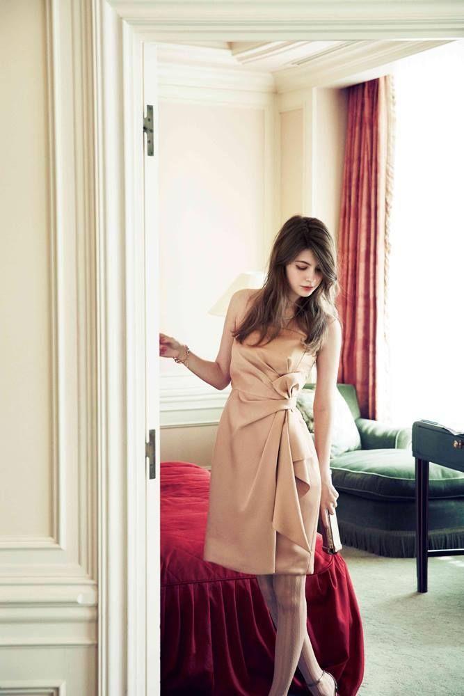 『エメ』の2015新作秋冬ドレスが可愛すぎ♡色別お呼ばれパーティドレスカタログ*にて紹介している画像