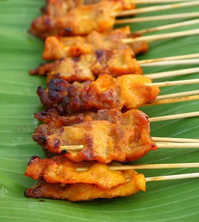 This Thai pork satay recipe is easy to make and the satay can either be oven-broiled or grilled on your barbecue. Pork satay is a popular street food in Thailand, where it is eaten as an appetizer, snack, or main course dish. Serve with my satay sauce which can be whipped up in just minutes. A great party dish, this satay recipe is simple to put together, and leftovers are easily reheated or frozen for your next satay craving. ENJOY!