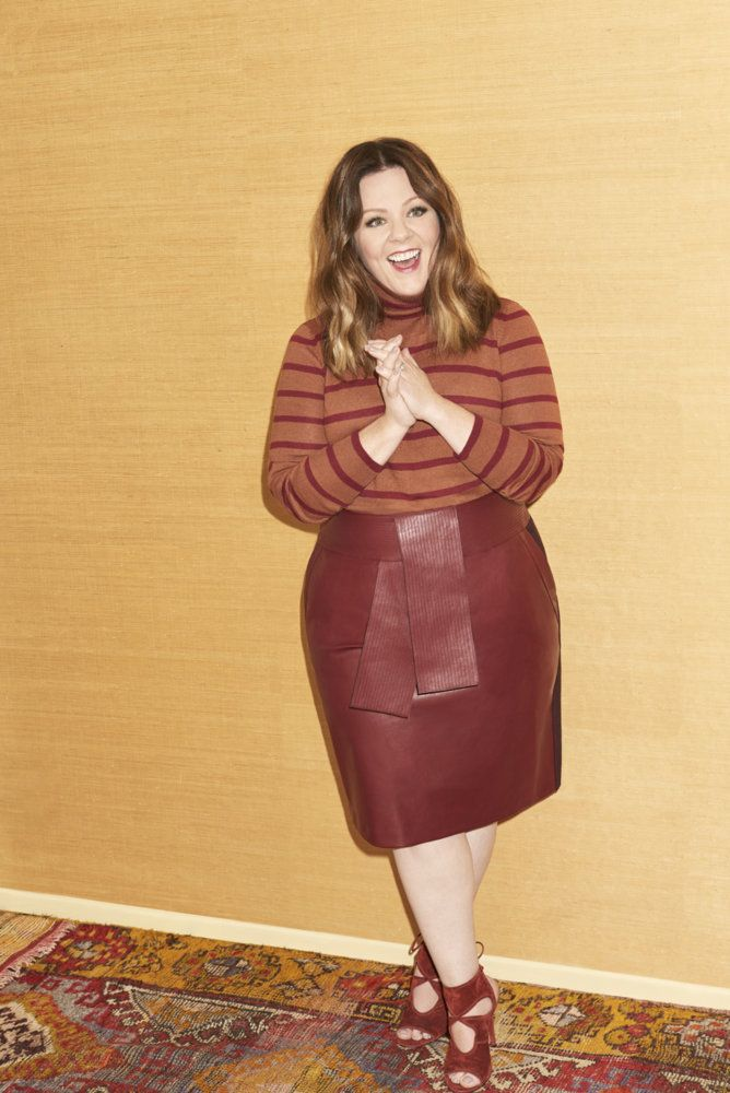 Melissa McCarthy Seven7 has dropped a new collection and there are more than a few pieces that I need in my life... have you peeped them? Take a peek at the lookbook and more!   First Look: The Melissa McCarthy Fall Collection http://thecurvyfashionista.com/2016/10/melissa-mccarthy-fall-collection/