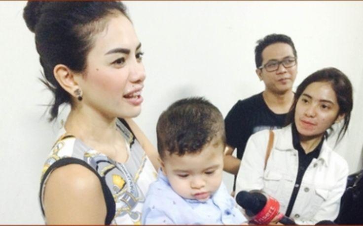 Berita Selebriti: Nikita Mirzani Jual Berlian Untuk Beli Susu Anaknya - http://www.rancahpost.co.id/20150838241/berita-selebriti-nikita-mirzani-jual-berlian-untuk-beli-susu-anaknya/