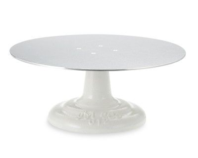 Ateco Cake Stand, 12in: Professional bakers use turntables like this one to ensure precision when applying the finishing touches to their signature cakes. It's equally convenient for home bakers – just set your cake on the rotating top, then turn it with one hand as you frost or embellish the dessert.