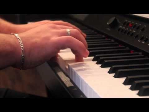 Už Matin na bílém koni [Piano Cover] - YouTube