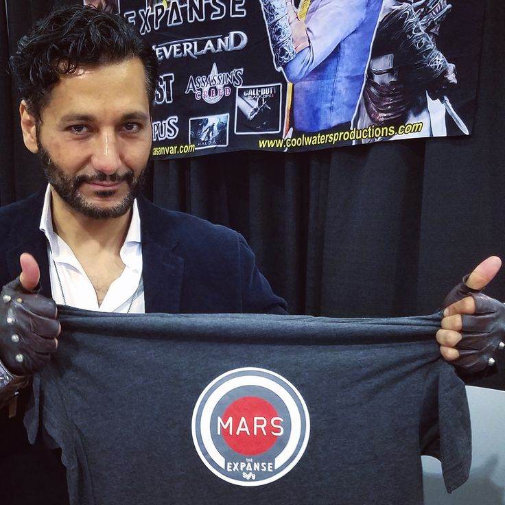 Great The Expanse moment Cas Anvar was wonderful to attend Stan Lee Comic Con 2016. Excellent buzz when Cas is showing one of his Mars T-Shirts always your favorite Martian.