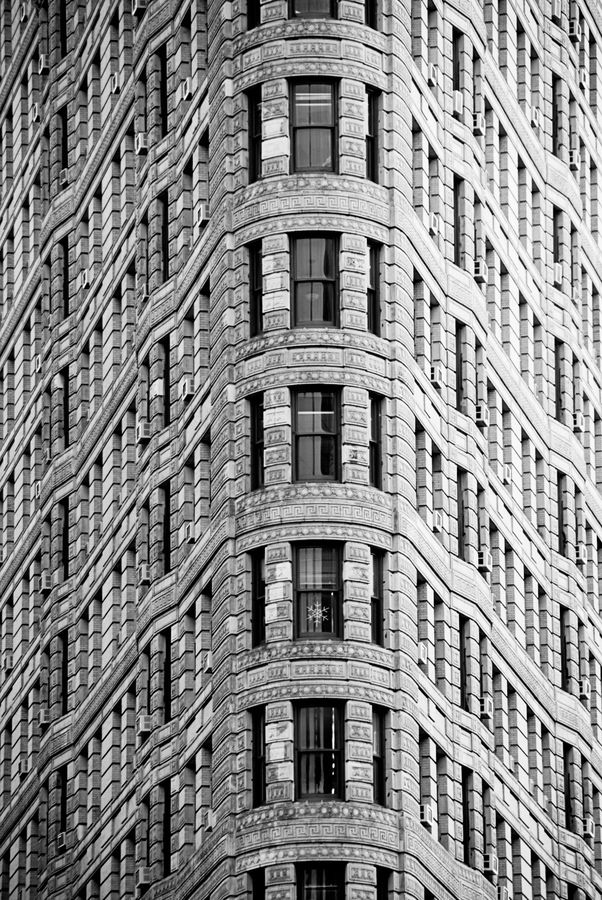 Facade of the Flatiron Building by Javier Sánchez
