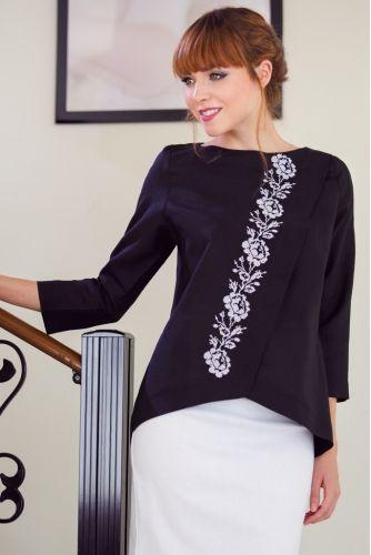 Блузкаиз натурального льна с вышивкой • черный • интернет магазин • vilenna • фото 1