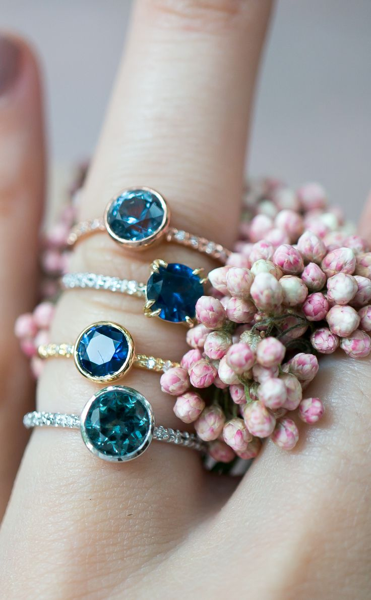 Sapphire engagement rings in minimal vintage style rings