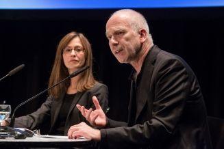 18. poesiefestival berlin: Europa_ Fata Morgana -Podiumsdiskussion: Poesie und Propaganda - Paula Diehl und Joseph Vogl (c) gezett #poesiefestival