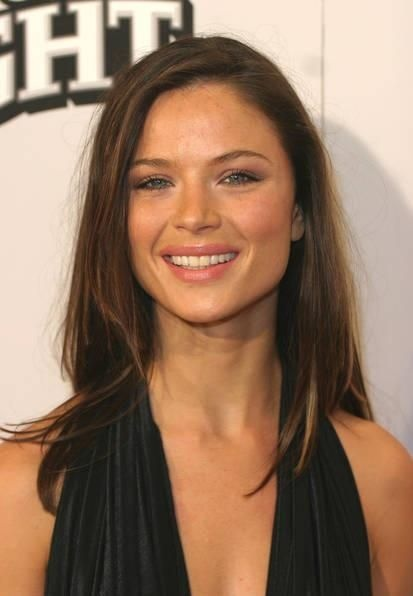 Makeup Clean, Hair simple. Georgina Chapman.