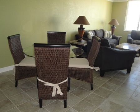 Dining Area ~ BA M-401 ~ Water Front Condo ~ 1 bedroom, 1.5 bathrooms ~ 2 TVs, DVD, Fishing Dock, Fitness Center, Flat Screen, Heated Pool, Wireless Internet Service, WiFi, King Size Bed, Updated Bath, Updated Kitchen, Washer / Dryer ~ For more information please contact Compass Vacation Rentals at 727-864-5610 or reservations@compassrentals.com. Thank you. www.CompassRentals.com