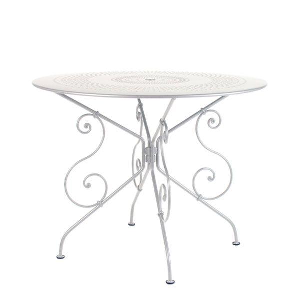 1900 table, cotton white